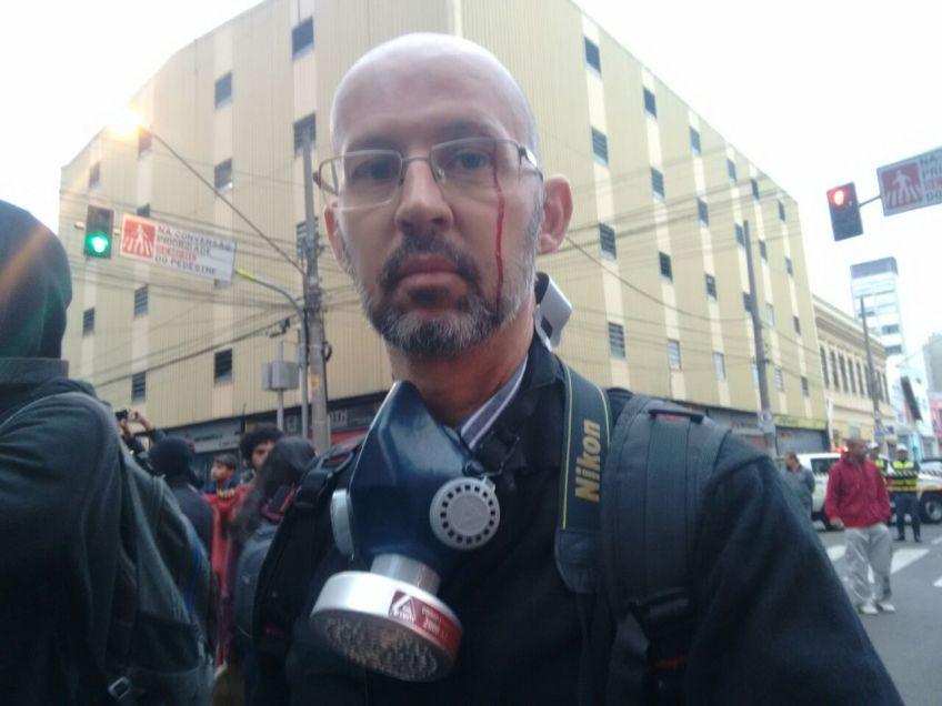 Repórter do DCM Mauro Donato é agredido pela PM em reintegração de posse