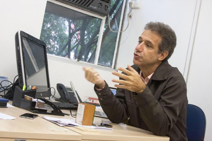 foto por Hélio Carlos Mello