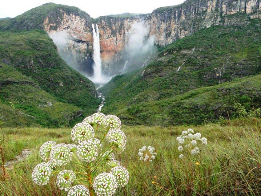 Cachoeira do Tabuleiro / Foto web
