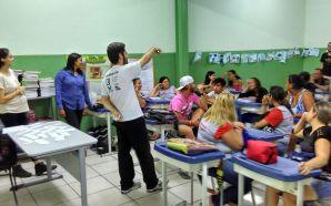 Debate sobre Democracia movimenta escolas em Governador Valadares
