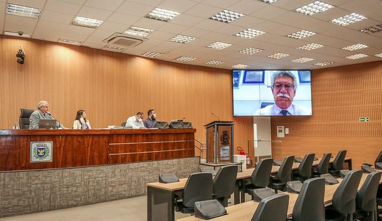 Vereadores aprovam ampliação do prazo da Lei do Puxadinho