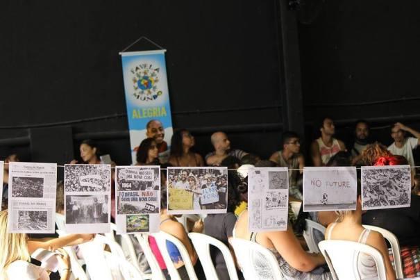 Aulões do CPV CEASM ocupam anualmente o galpão do Museu da Maré. Na imagem, aulão sobre Ditadura Militar realizado em abril deste ano. l Foto: José Arimatéia/CPV MARÉ