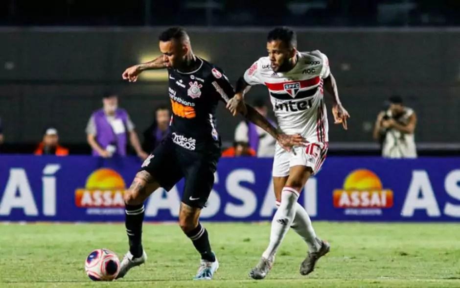 Corinthians está de olho na liderança do grupo. Crédito: Marcello Fim/Zimel Press