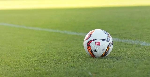 Campeonato Alemão volta após 2 meses paralisado; confira