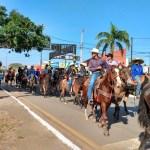 Geraldo parabeniza associação dos pecuaristas de Ariquemes por cavalgada de abertura da Expoari