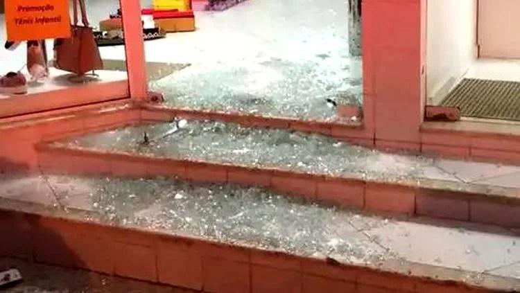 Foragido é flagrado arrombando loja na região Central de Porto Velho