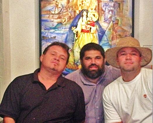 Los tres Juanes y ángeles del demonio de la Expo de Poesía Mural ISLA SOLA: Ignacio Pérez Vázquez, José Antonio Gutiérrez Caballero y Noelio González.