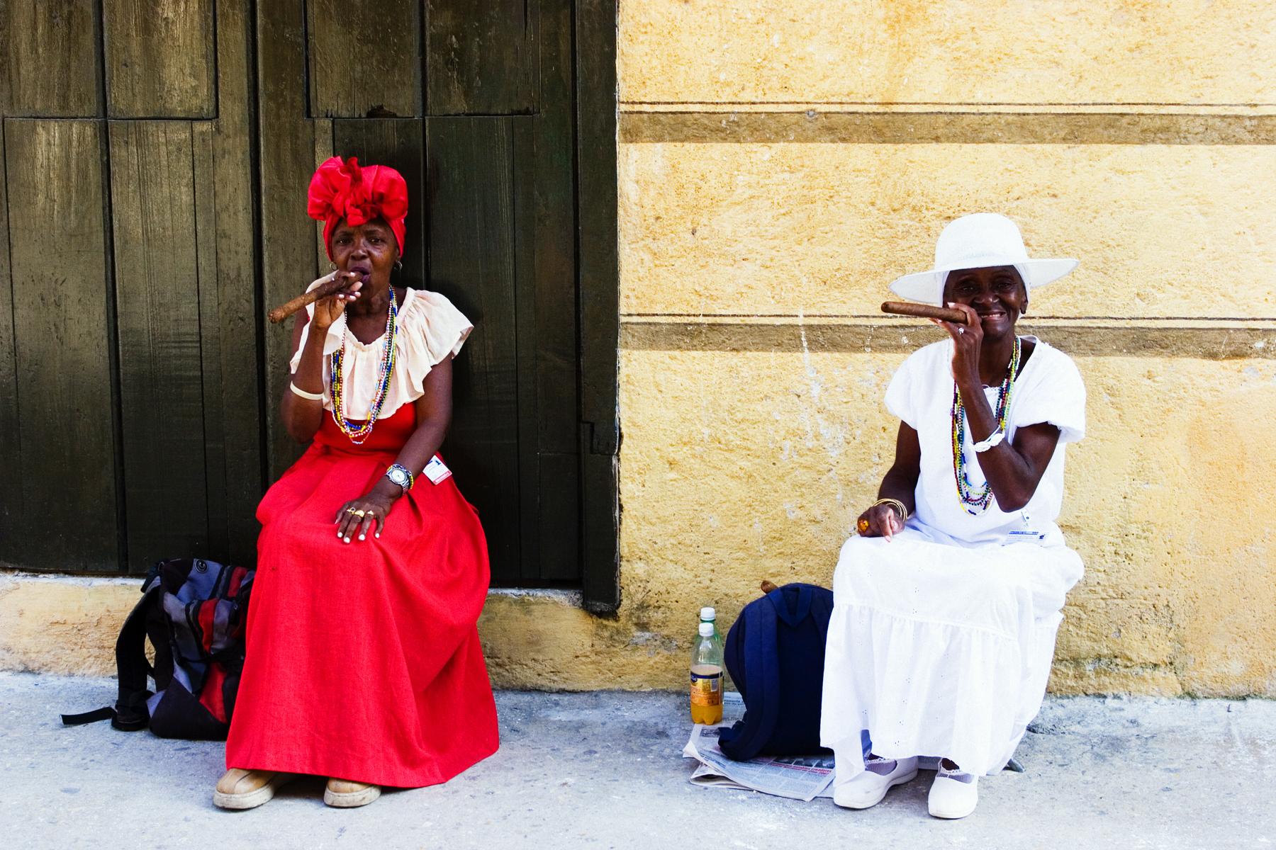 MAFEREFUM, que nos limpien las santeras de La Habana.