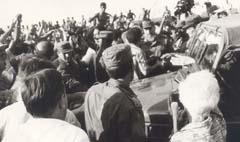 Fidel en el Malecón ese 5 de agosto, publicado hoy, a 15 años de la grandiosa respuesta del pueblo cubano, conocida como EL MALECONAZO.