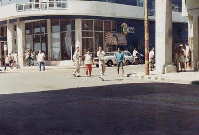 La respuesta del pueblo habanero en EL MALECONAZO, fotos de un holandés, entregadas a Aguaya Berlín.