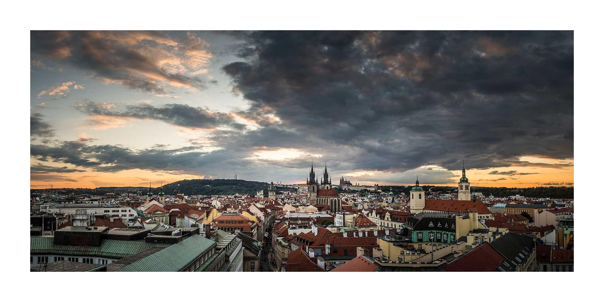 Live your Life - descubre Praga - Prašná brána