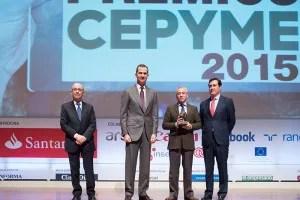 Benito Orihuel, Director General, recibe de manos del Rey el Premio Cepyme 2015