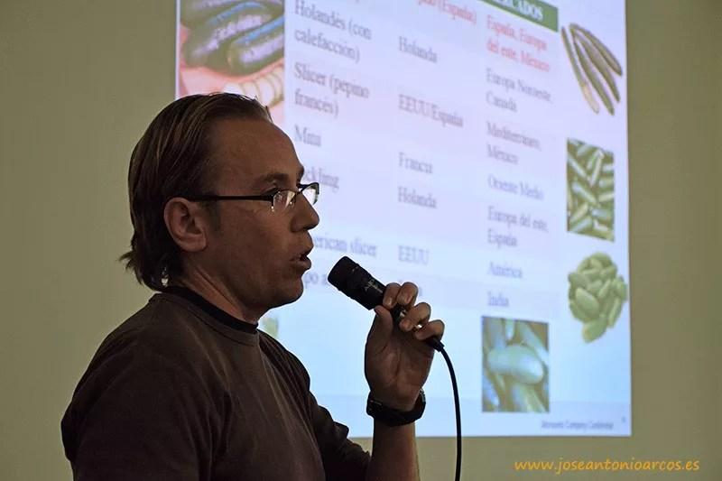 Antonio Reina, breeder, mejorador de pepino de Seminis en Almería