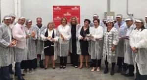 Eurodiputados de la UE en la cooperativa granadina La Palma.