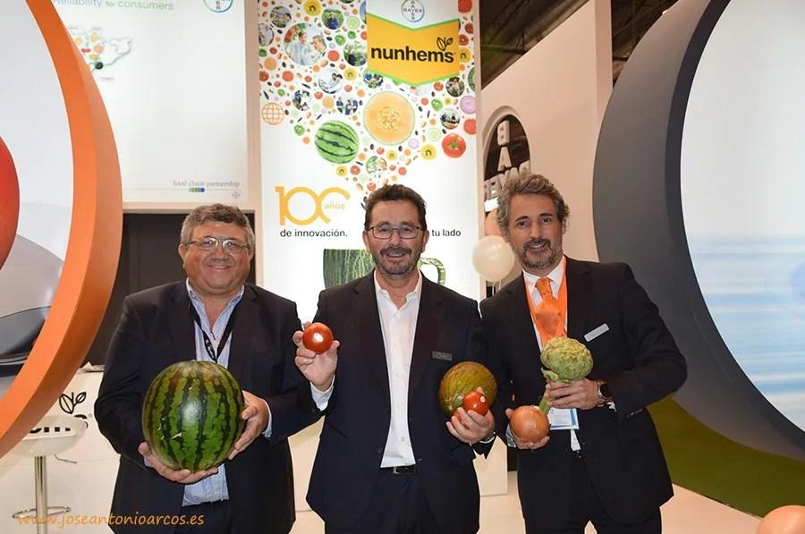 Nunhems: Juan Sastre, director comercial de sandía; Francisco Solera, jefe de ventas en España; y David Murcia, director comercial de pimiento.