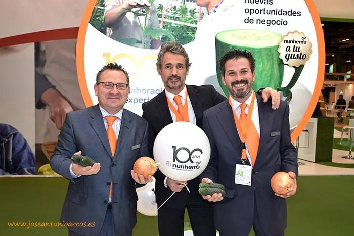 Pere Montón, especialista en sandía de Nunhems; David Murcia, director comercial de pimiento; y Alfonso Fernández, especialista en ensaladas de Nunhems.
