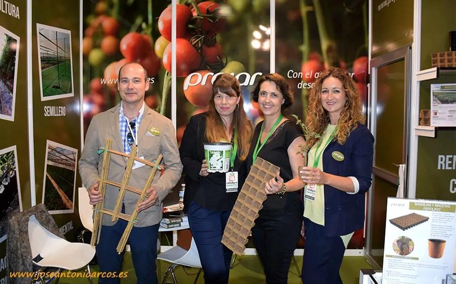 Miguel Tapia, delegado comercial de Projar en Almería; Araceli Hernández, asistente de venta; Miriam Carretero, responsable de comunicación; y Alejandra Pintos, directora de marketing.