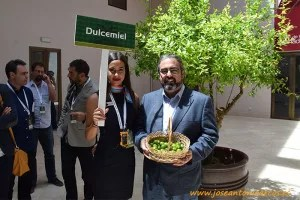 Rafael Salinas con Dulcemiel.