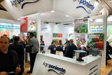 Agroponiente contacta con clientes de una treintena de países