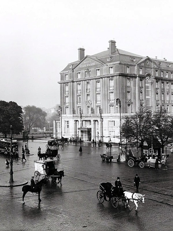 Hamburg 1909, Hotel Esplanade