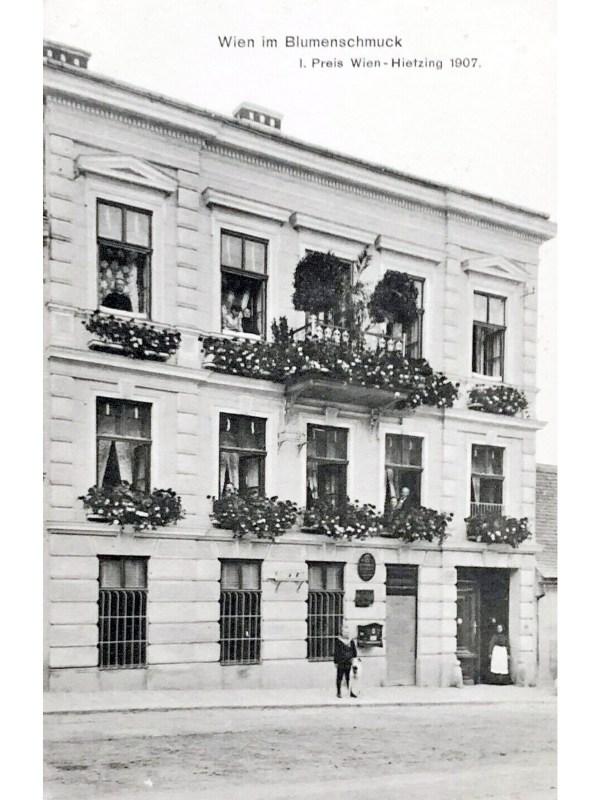 Hietzing 1907, Blumenschmuck