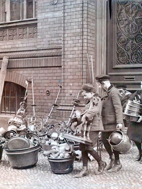 Berlin 1915, Metallsammlung