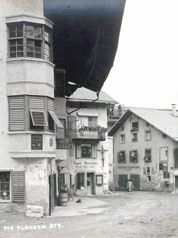 Klausen 1910, Straßenalltag