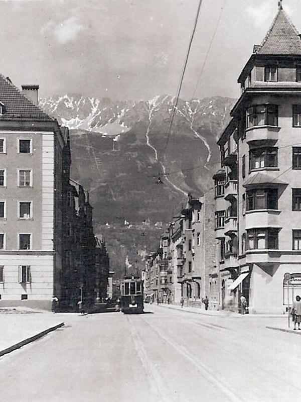 Pradl 1948, Straßenbild