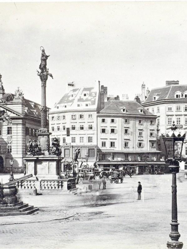 Wien 1880, Am Hof