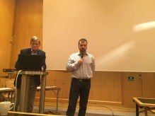 Tino Sanandaji inleder sitt anförande.