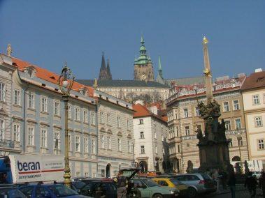 Praga, cimborrio de la Catedral de San vito desde Malostranské Námestí