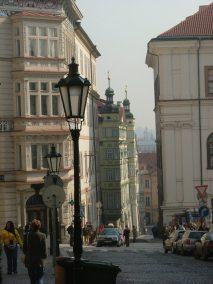 Praga, calles bajando desde el Castillo