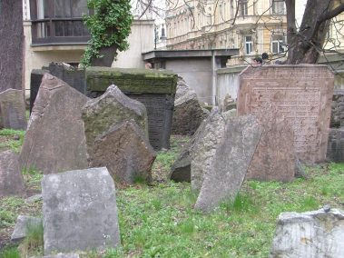Praga, cementerio judío, tumbas