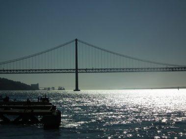 Desde principios del SXX se fueron asentado en esta orilla sur del Tajo diversas industrias, como la Companhia de Pesca Portuquesa.