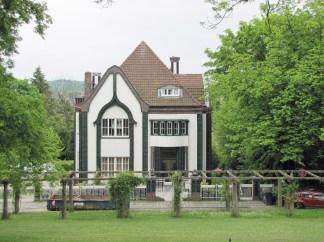 Primer diseño de Peter Behren, su propia casa.