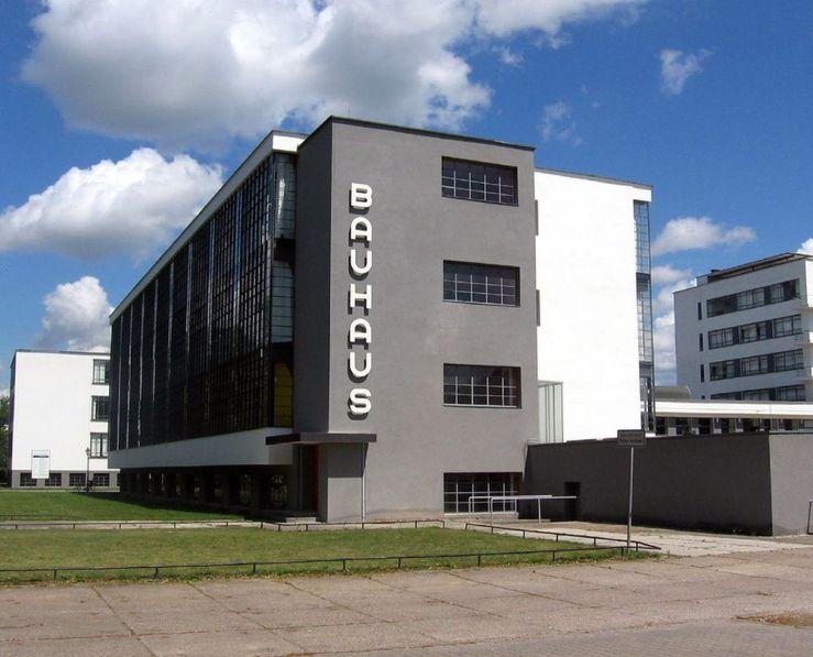 Fundador de la Bauhaus.