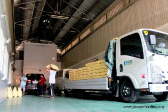 JFM Covid Rice Delivery5