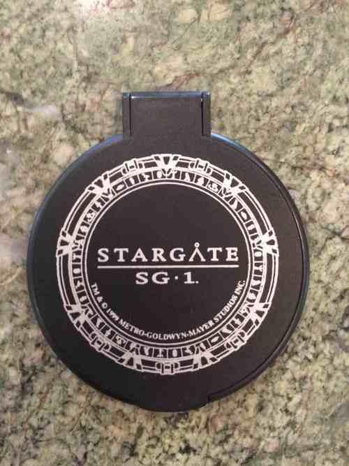 September 29, 2015: Win A Stargate: Sg-1 Compact!