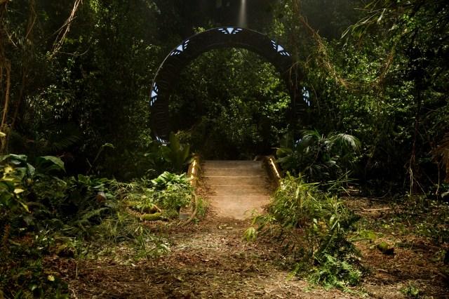 Stargate-universe-30