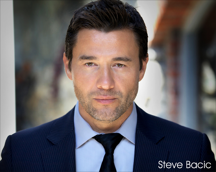 Actor Steve Bacic Answers Your Questions!