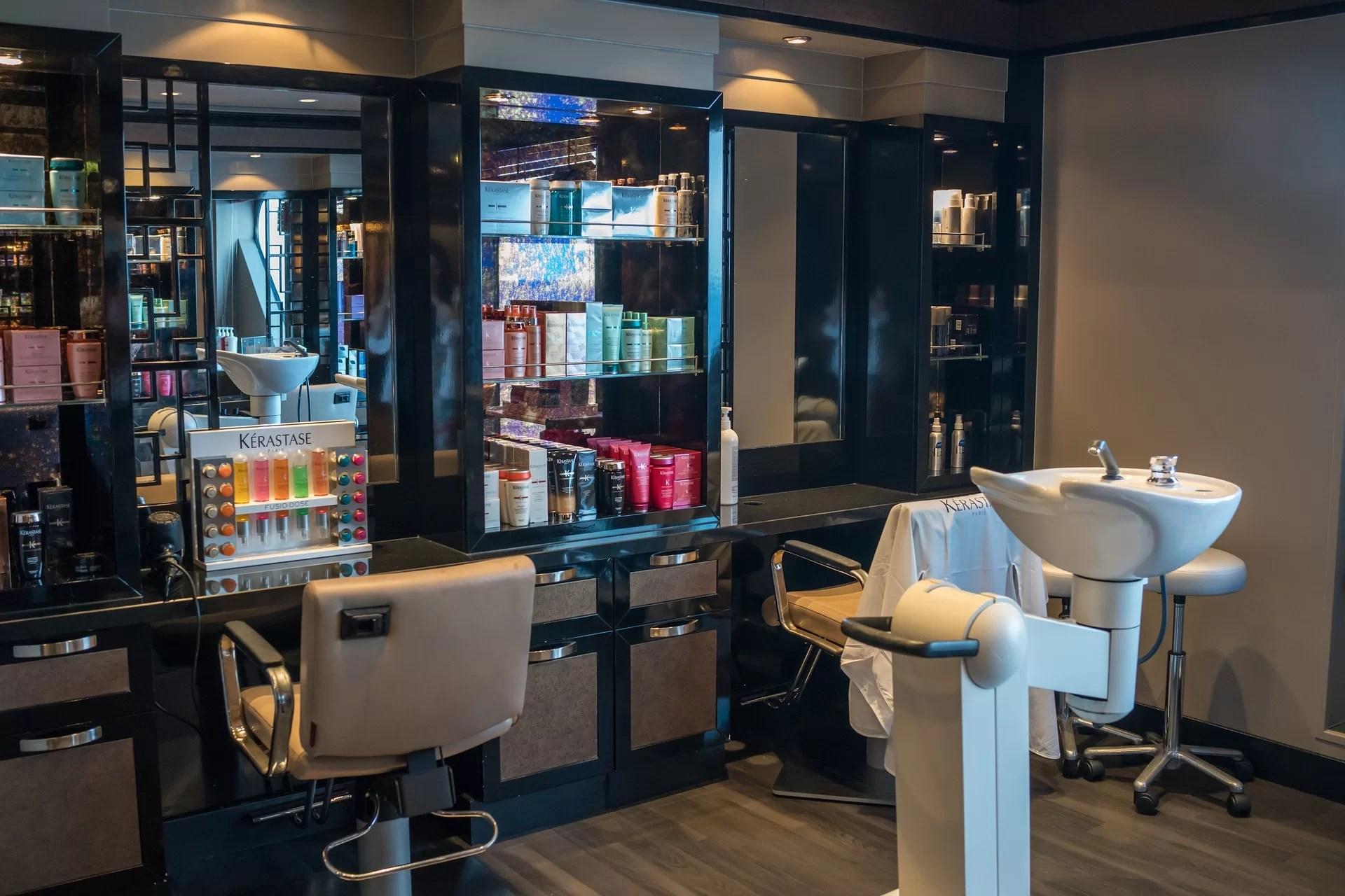 Beauty Salon Decoration