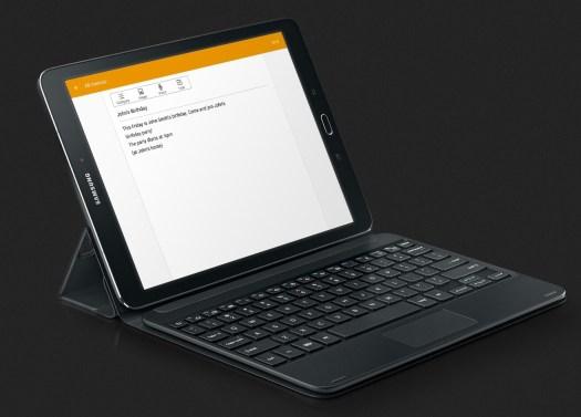 Galaxy Tab S2 con cubierta y teclado.