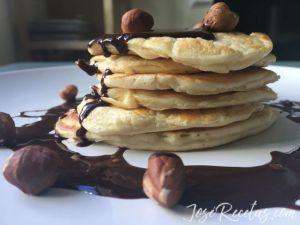 tortita con avellana y chocolate