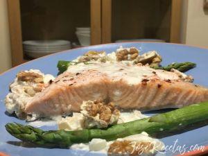 perspectiva plato de salmón