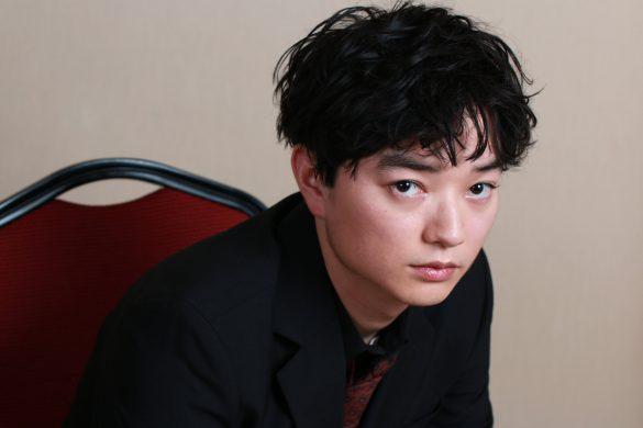 染谷将太、初のヤクザ役に「腕切り落とされちゃいました」 | 女子SPA!