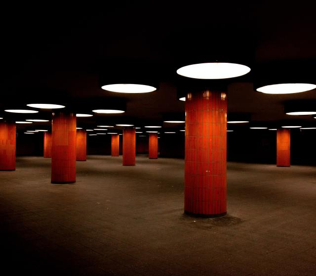 parking garage red columns