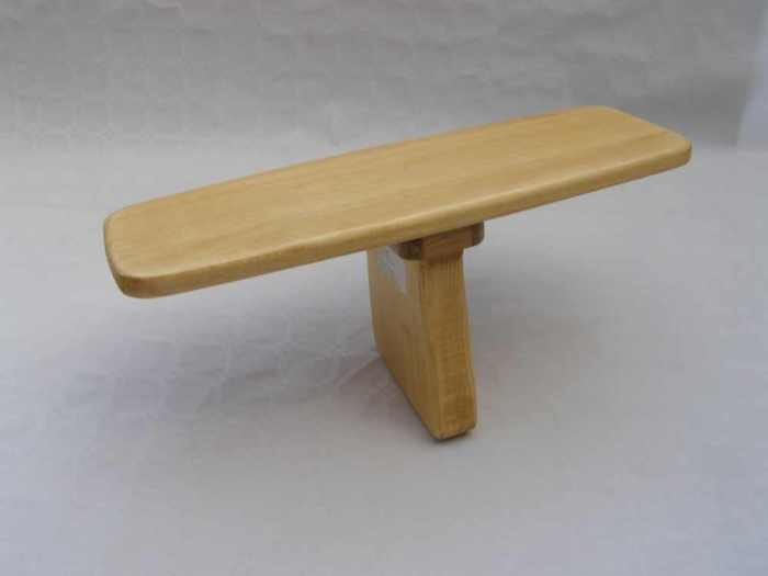 Single Leg Meditation Stool