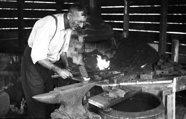 8-29 Vinalhaven, Maine 1936 blacksmith