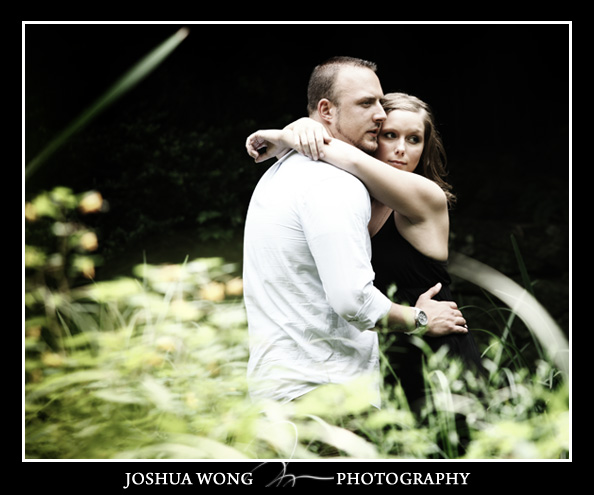 John P. Humes Japanese Stroll Garden Engagement Pictures. Engagement photos by award-winning NYC photographer Josh Wong Photography