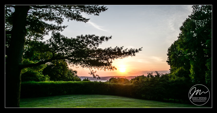 Gorgeous sunset at Abigail Kirsch at Tappan Hill Mansion. Wedding pictures by Josh Wong Photography